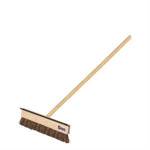 "BLACKTOP COATER/SQUEEGEE - 18"" WITH 5' WOOD HANDLE"