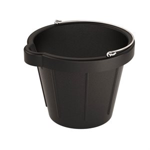 HEAVY DUTY RUBBER PAILS WITH POURING LIP